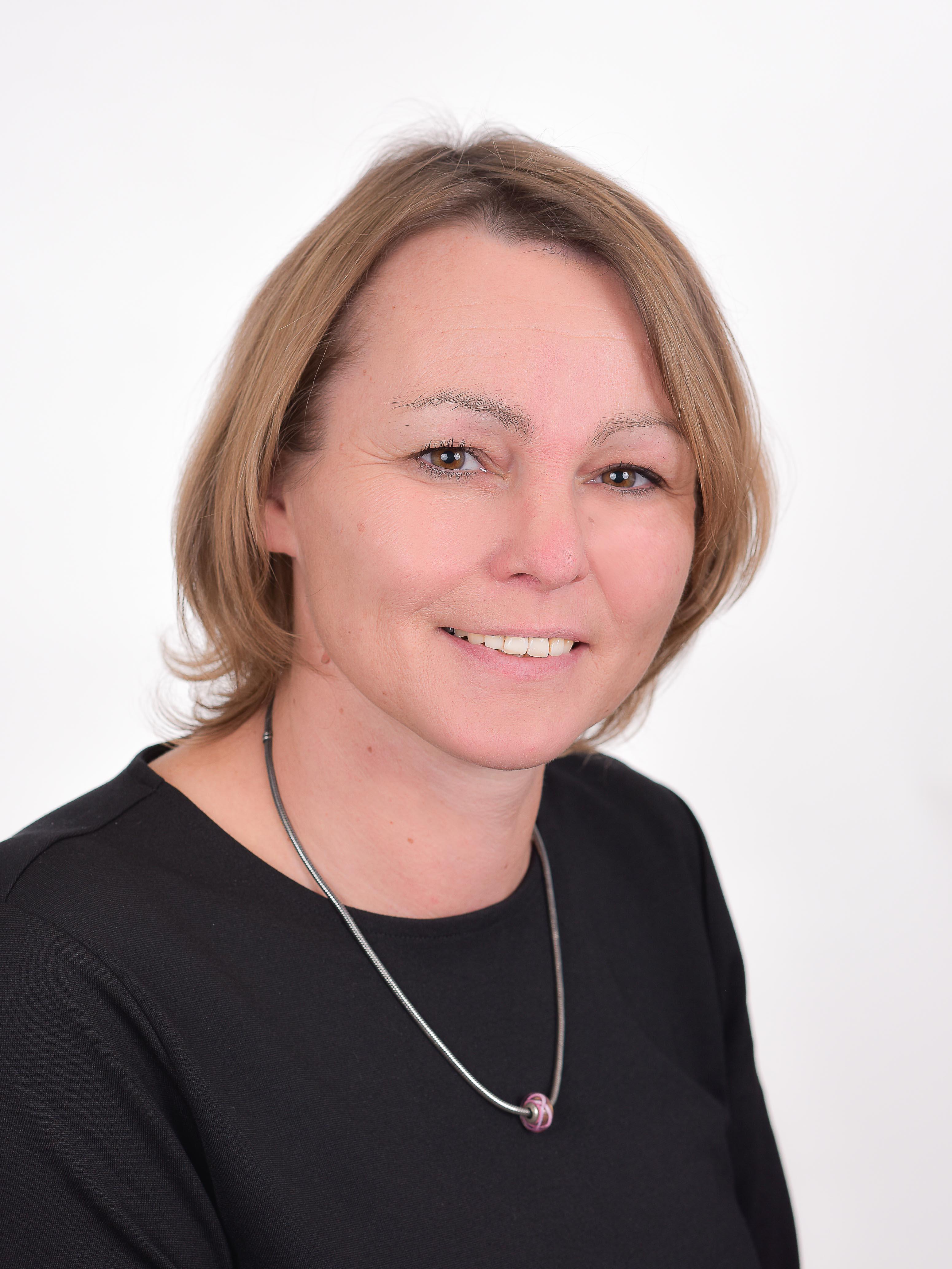 Claudia Jarmer